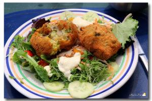 Croquettes de légumes, sauces au yaourt