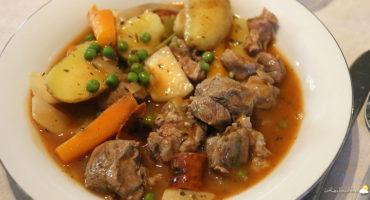 Navarin d'agneau aux carottes et petits navets