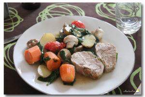 Longe de porc à la moutarde et légumes rôtis
