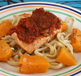 Saumon au pesto rouge et à la courge Butternut