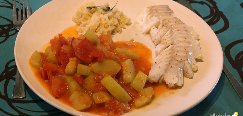 Filets de cabillaud et sauce tomate épicée